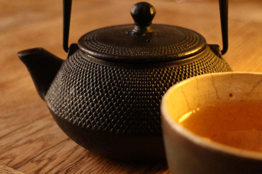 Gli accessori del tè: le teiere